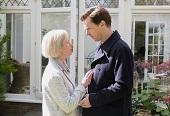 班尼狄克康柏拜區《記憶中的擁抱》穿私服卸心防 為護生活不受影響 下戲後拒絕悲傷