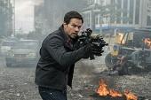 馬克華柏格坦言「演膩無腦CIA」《拳力逃脫》讓觀眾驚豔 印尼男星伊科烏艾斯被譽「人間凶器」 觸手可及都致命