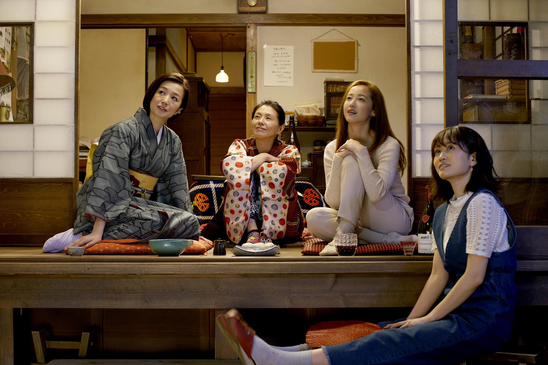 日本8大尤物女星 食「慾」大開聊性愛  《姐姐的私廚》秀「撩慾」美食 11月16日美味上菜