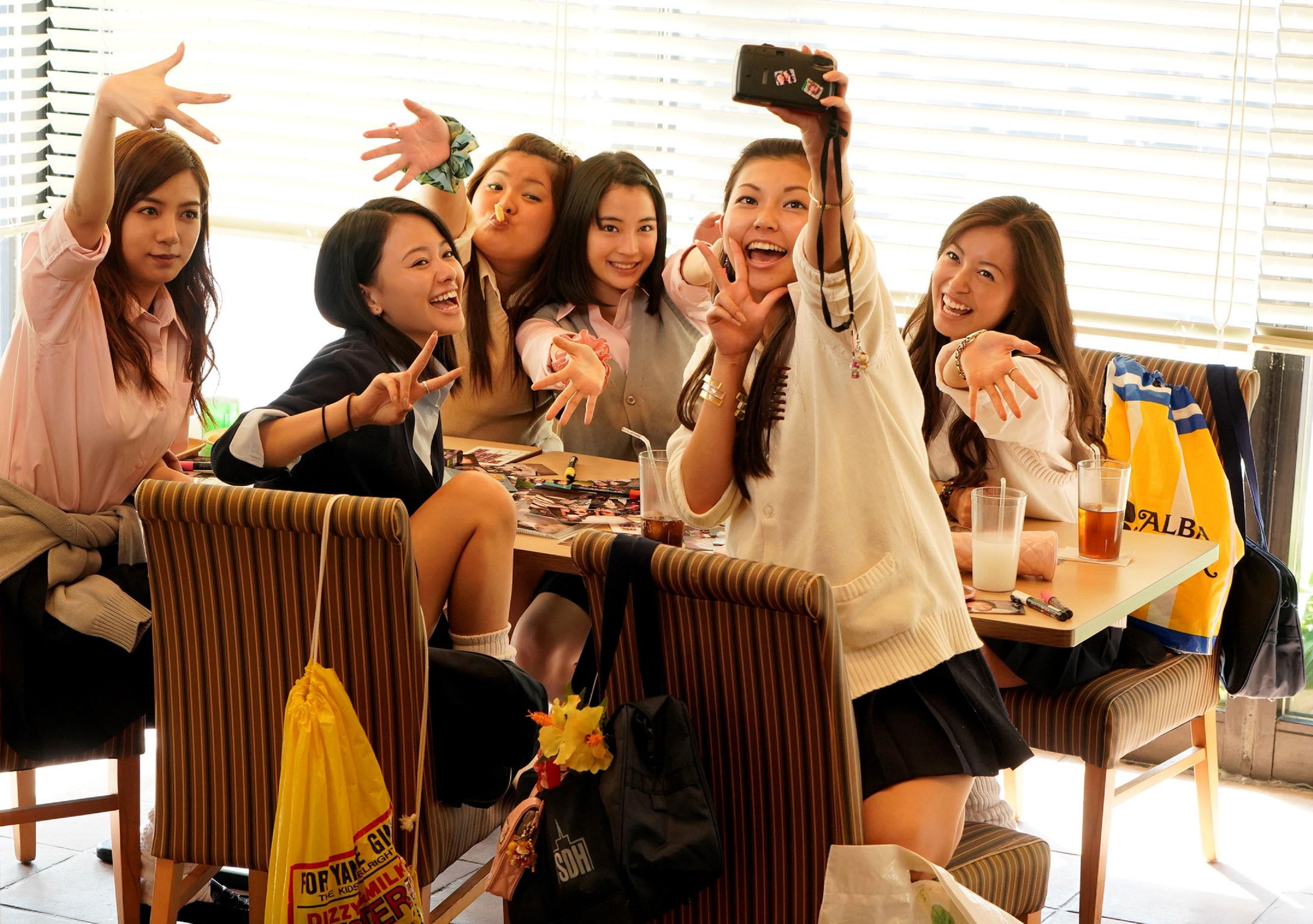 兩代日系女神篠原涼子、廣瀨鈴攜手致敬90年代 《Sunny 我們的青春》12月7日感動上映