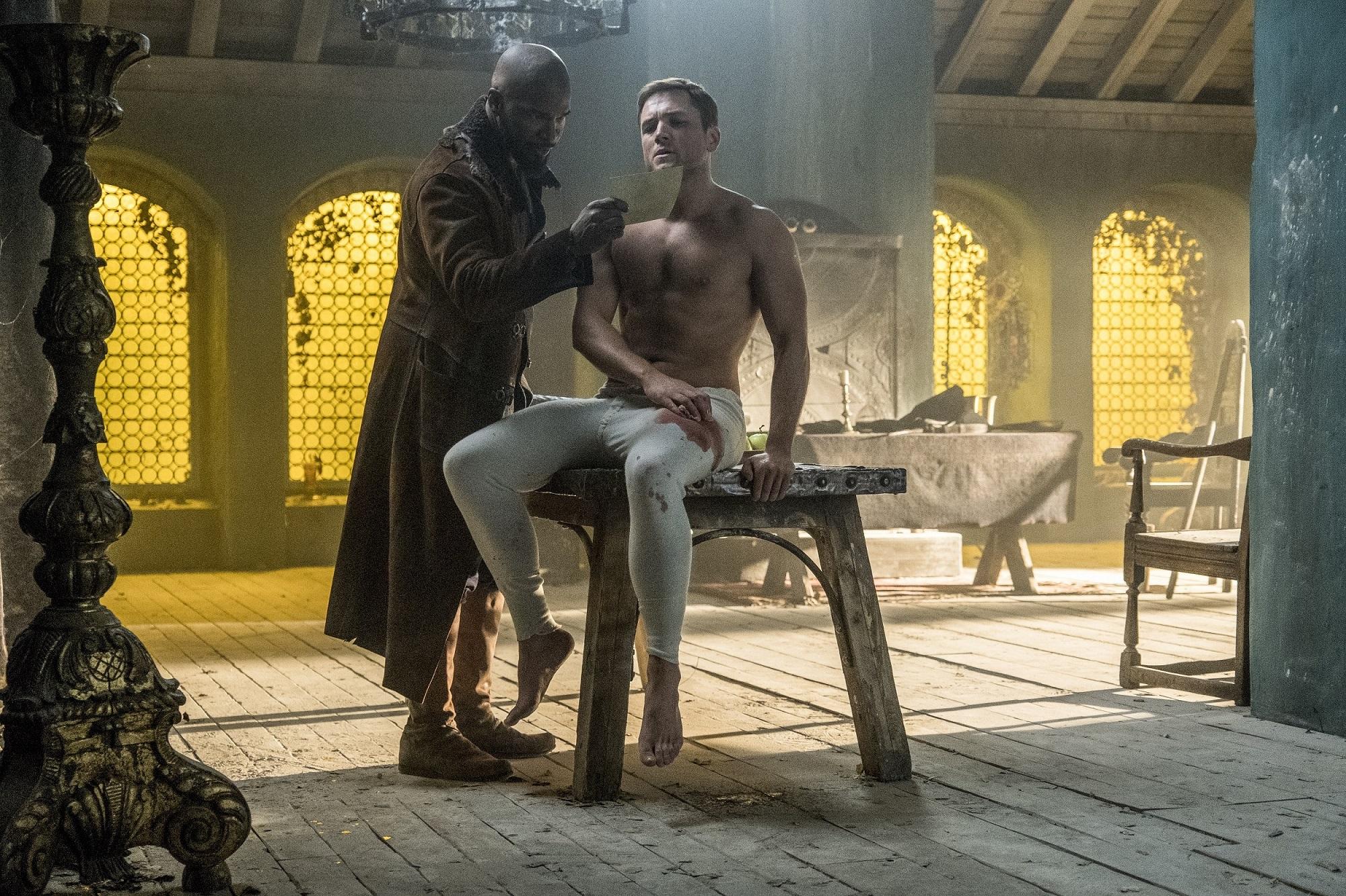 泰隆艾格頓為《羅賓漢崛起》練出精壯冰塊肌  奧斯卡影帝大讚「天生是當英雄的料」