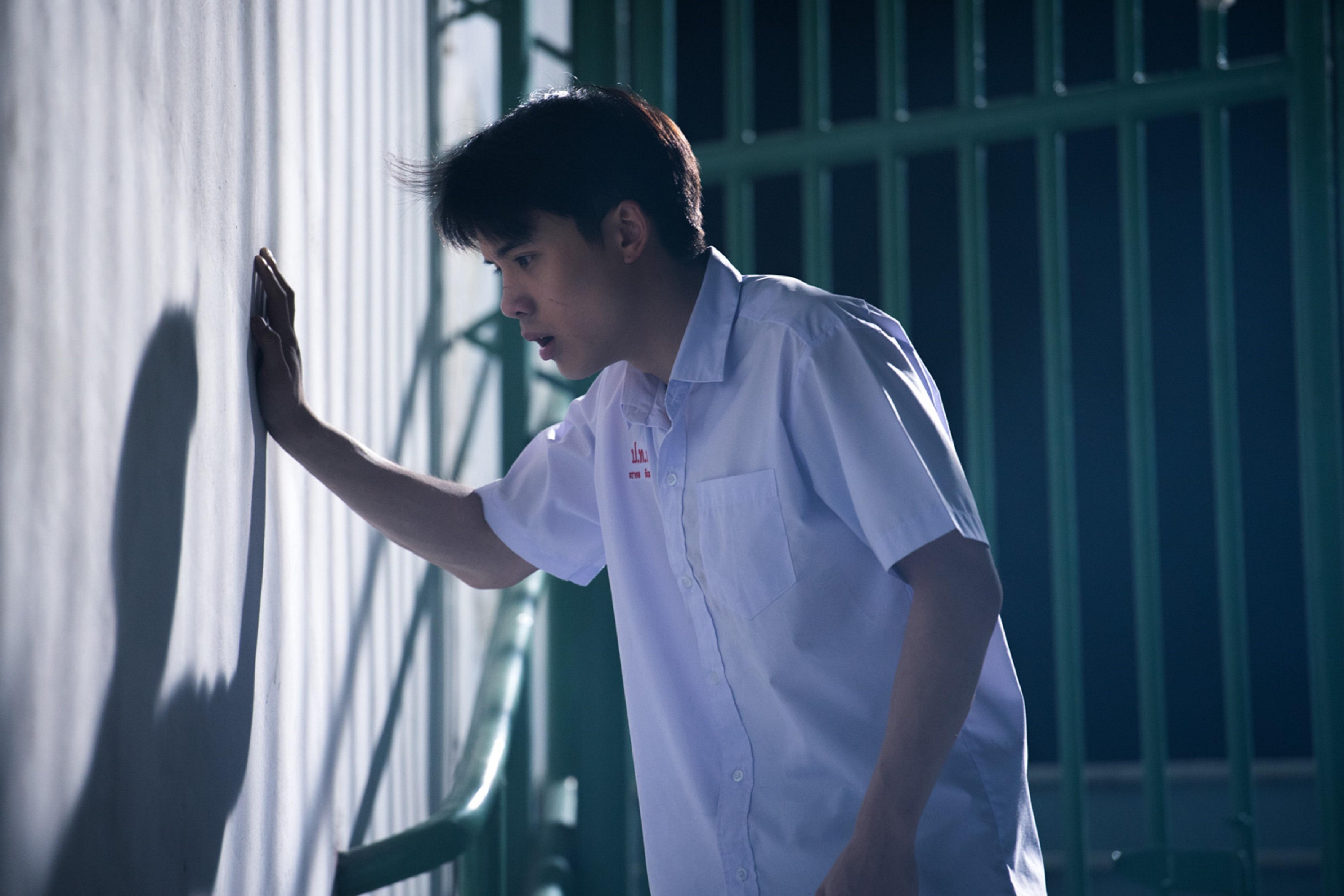 《模犯生》阿派《借來的100天》大街裸奔不害羞  瞿友寧導演大讚 「譽為泰國《與神同行》不負此名」