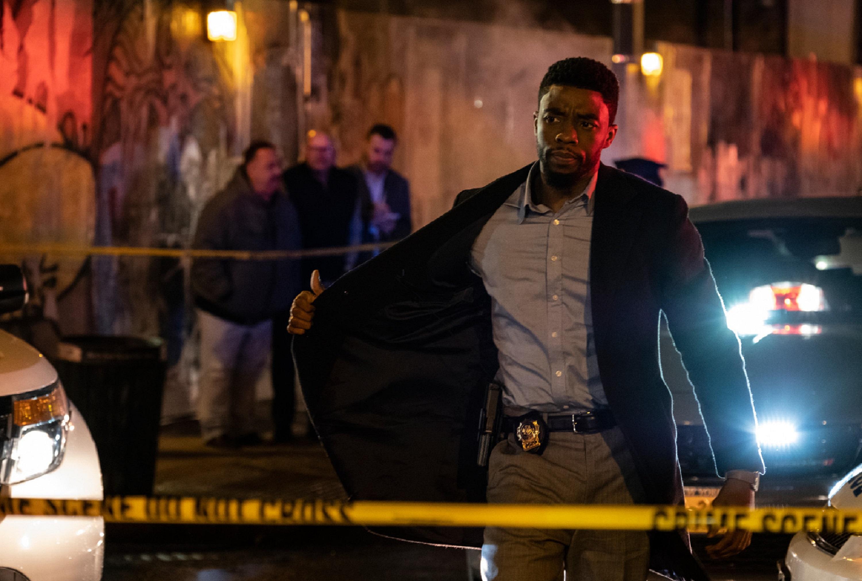 「黑豹」脫下戰袍轉當警探 為緝凶全面封鎖曼哈頓   復仇者聯盟系列導演羅素兄弟新作 《暴走曼哈頓》暑假火爆上映