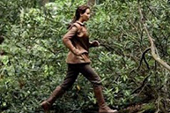 【飢餓遊戲】狂潮發燒  連【暮光之城】也要湊一腳 珍妮佛勞倫斯為戲「爬樹」不害怕  卻擔心看到自己奔跑時的冏樣