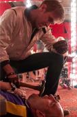 好萊塢男星雷恩葛斯林以【落日車神】【選戰風雲】風靡各大國際影展 紅毯上自嘲「為了想早點結束與導演同居 拍起飆車和暴力的戲都特別賣命」