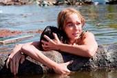 【浩劫奇蹟】洛杉磯首映會 受災名模佩特拉內姆科娃性感出席 凱特哈德森大讚娜歐蜜華茲:『無懈可擊!』